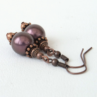 Copper earrings with burgundy mocha shell pearl