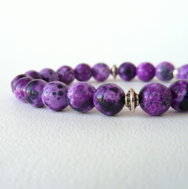 Purple gemstone stretchy bracelet