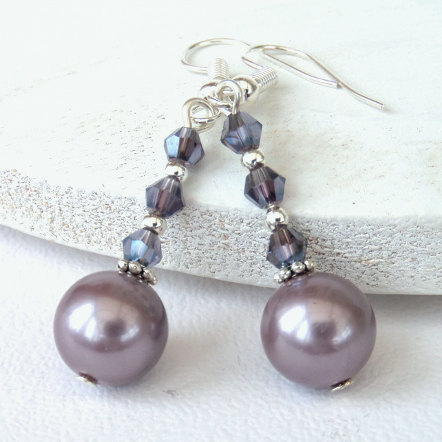 Lilac shell pearl earrings with amethyst crystals