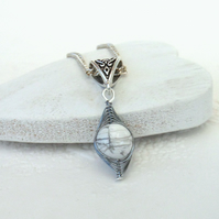 Wire wrapped necklace with howlite