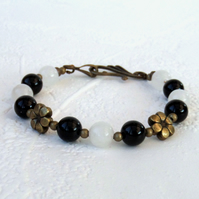 Black and white jade handmade bronze bracelet