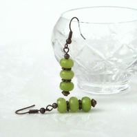 Green jade and bronze earrings