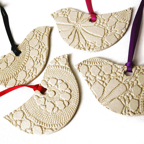 Set of 4 Lacy bird decorations