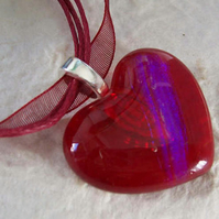 Red glass heart necklace FOR COMIC RELIEF