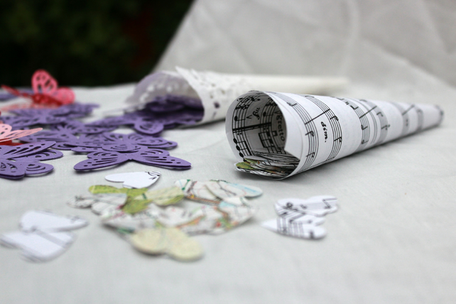Wedding confetti, personalised confetti, favourite place, map confetti, 200.