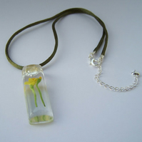 Spring Daffodil Necklace