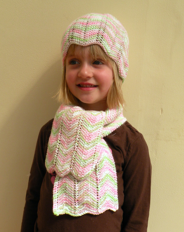 Knitted Hat & Scarf Set