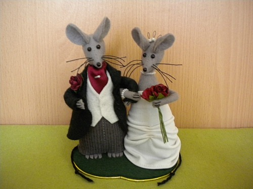 mice wedding cake toppers wedding mice mouse cake topper folksy 17333
