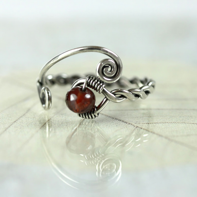Sterling twist Ring with Deep Red Garnet - Viking Style Rustic Jewellery