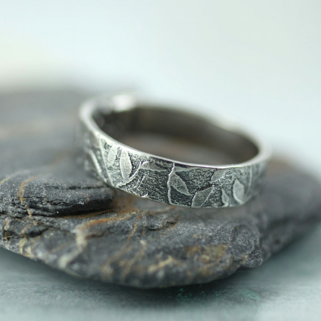 Sterling Band Ring - Fine Scattering of leaves - Your Size