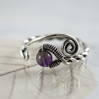 Sterling twist Ring with Amethyst Round - Viking Style Rustic Jewellery