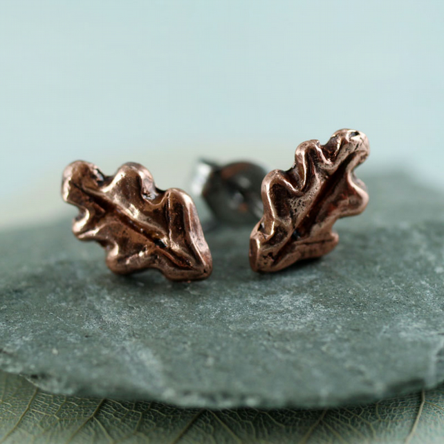 Copper Stud Earrings - Druid Oak Leaves - Everyday Small Posts