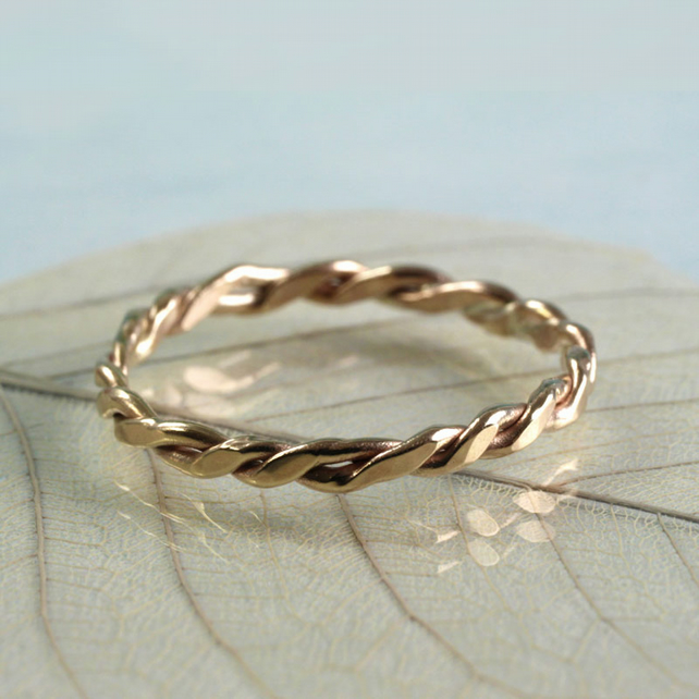 Organic Gold Twist Ring - 9 Ct - Just One Left Size L 0.5