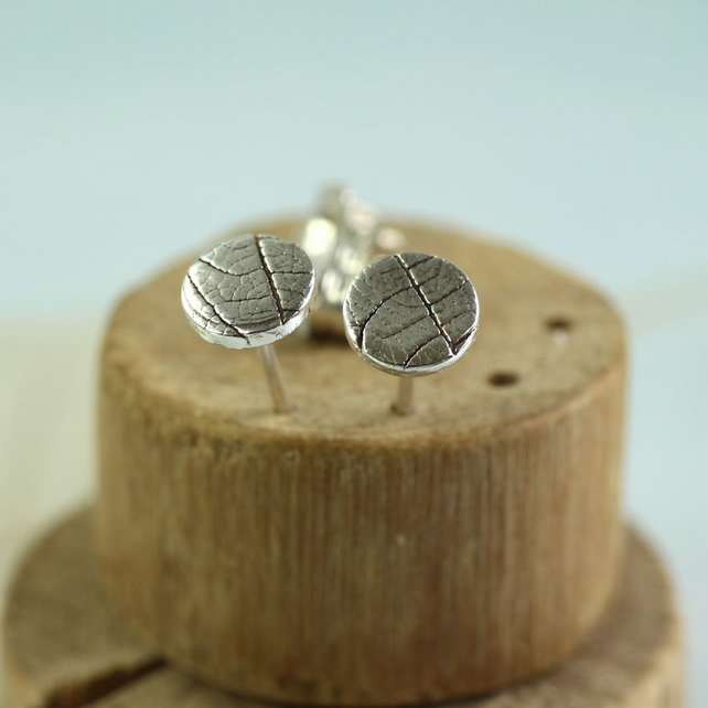 Round Studs with Leaf Texture 6mm - Sterling Silver Woodland Jewellery