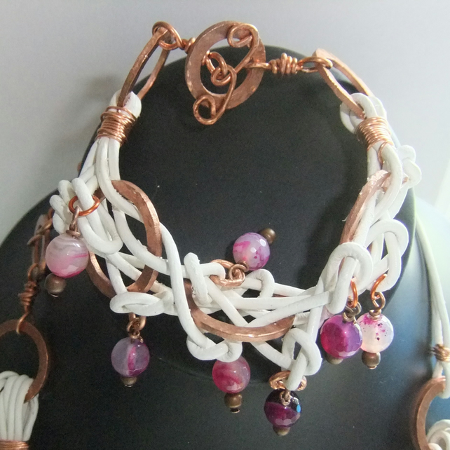 Knotted Leather, 'Copper Rings' with Pink Banded Agate Bracelet