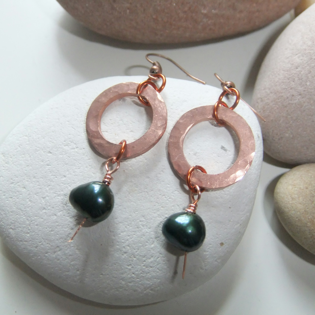 Green Pearl 'Copper Rings' Earrings
