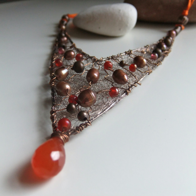 Bronze Pearl and Carnelian mesh Necklace
