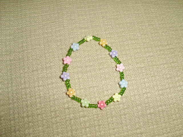 (013) Children's Flower Bracelet.
