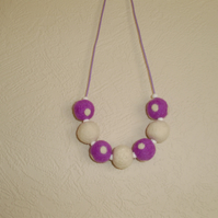 (002) Handmade Felt Necklace.
