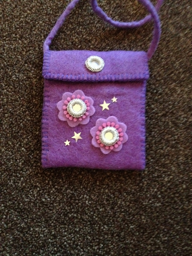 (164) Children's Felt Handbag.