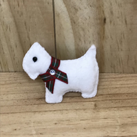 Felt Westie Dog Brooch.  (188)