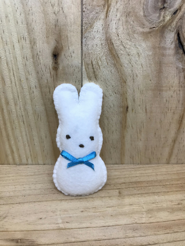 White Felt  Rabbit. (349)