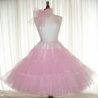 Petticoat vintage style Pink and fluffy 6 layer