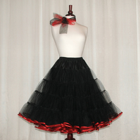 Vintage style 50's rock 'n' roll custom made petticoat with satin bound edge