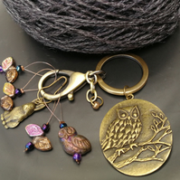 Forest snag free stitch marker set with lovely owl keeper clip, hare, leaves.