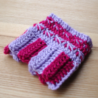Funky Crochet Cuff in Lilac and Fuchsia