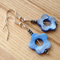 Blue Shell Flower Bead Earrings
