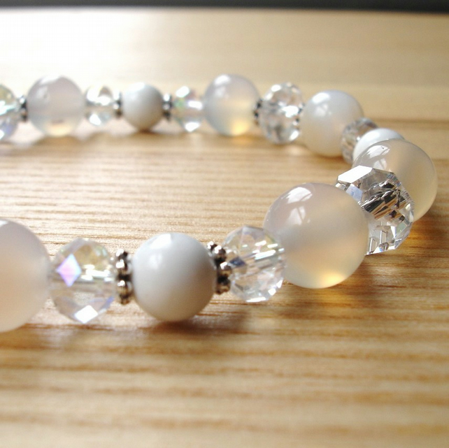 Quartz, Howlite and Sparkle Bead Bracelet