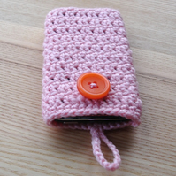 Crochet Mobile Phone Cozy with Button in Peach