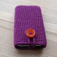 Crochet Mobile Phone Cozy with Button in Deep Fuchsia