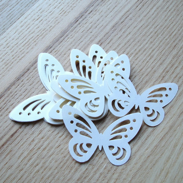 24 Cream Butterfly Confetti