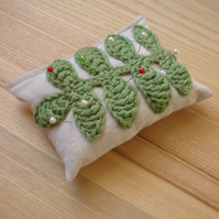 Crochet Leaf Pin Cushion