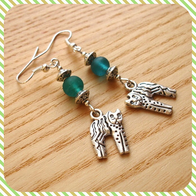 Frosted Kitty Charm Earrings