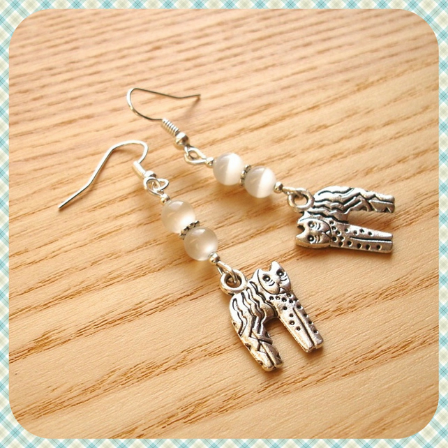 White Kitty Cat Earrings