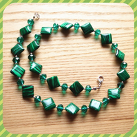 Green Diamond Bead Necklace