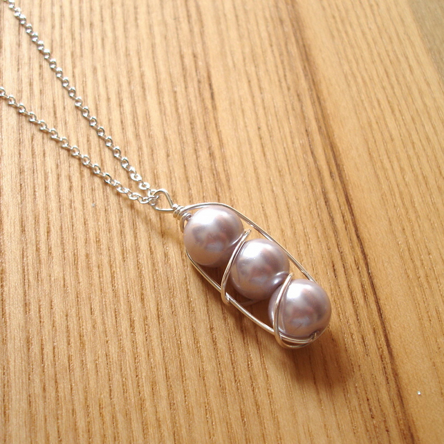 3 Pearl Wire Wrapped Pendant, 25th Birthday Gift for Sister, Bridesmaid Jewelry