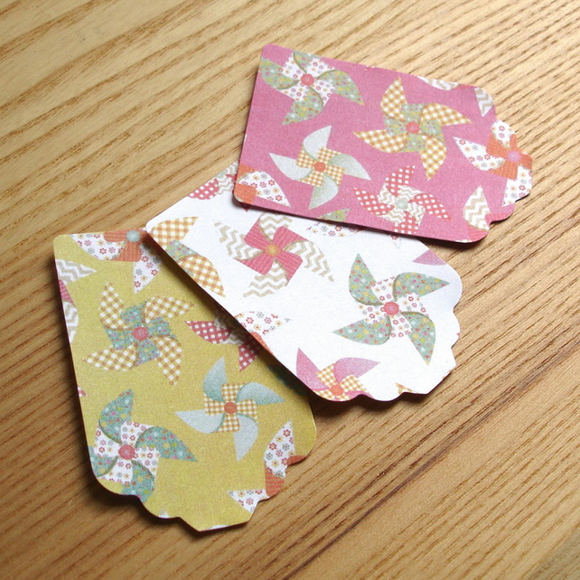 Gift Tag Value Pack of 30, Windmill Design, Pink White and Mustard