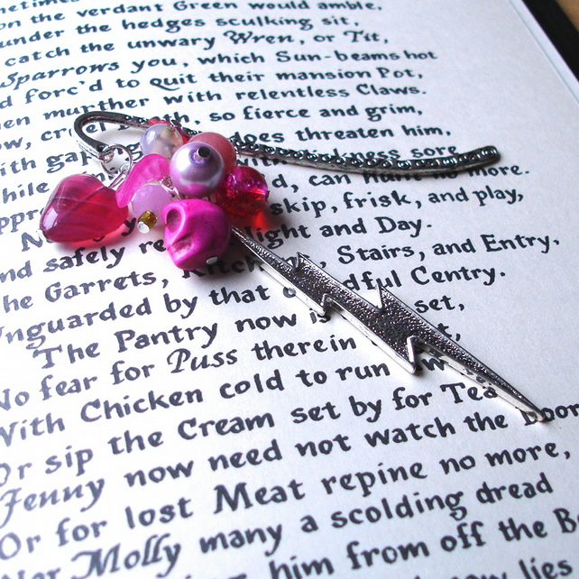Bookmark - Pink Lightning Bolt Bead Cluster - Fashion - Skull Heart Flower Leaf