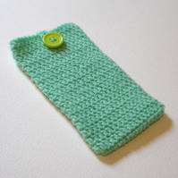 Mint Crochet Mobile iPhone 6 Cozy with Button
