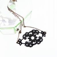Lace necklace in black,  lace fashion , lace jewelry , delicate jewelry