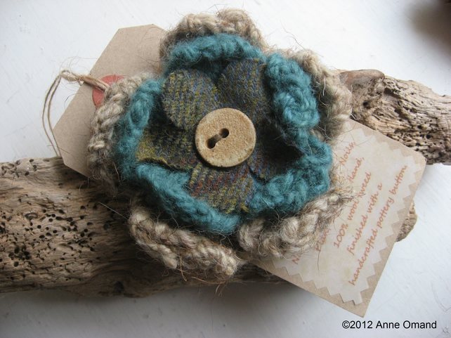 Knitted Wool Flower Brooch