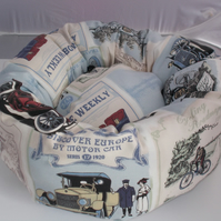 Lovely and cosy handmade bed for cat or dog cars and cycles print.
