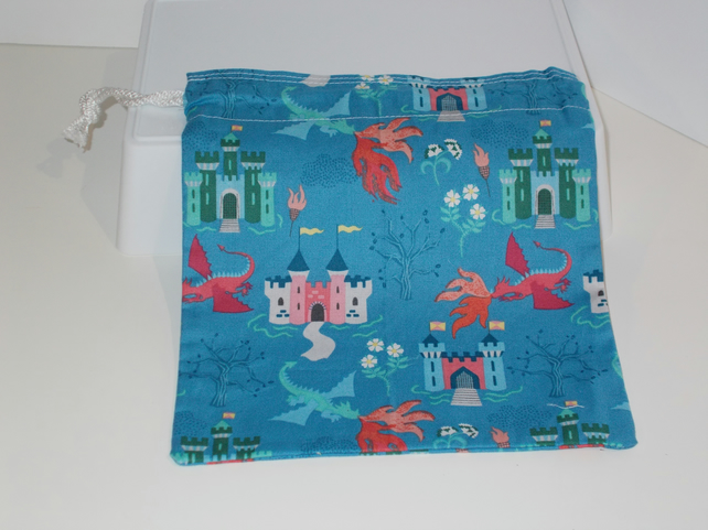 Mini drawstring bag with a castles and dragons