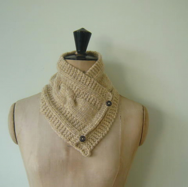 Ladies Hand Knitted Chunky Cream Alpaca Neck warmer Scarf