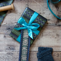 Knitting Inspired Gift Wrap & Two Gift Tags