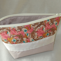 Cosmetics Bag - Pouch
